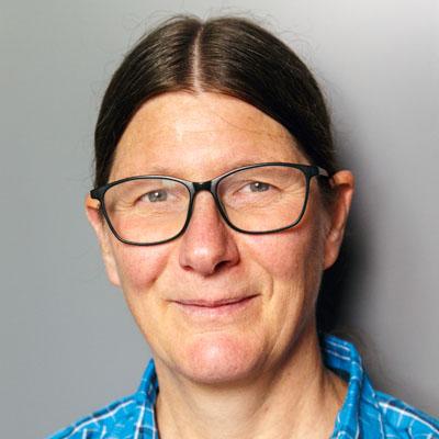 Portrait von Frau Brigitta Futscher, Ansprechperson für Interessent*innen für die Tagesstruktur