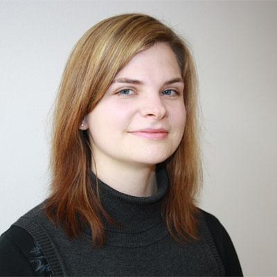 Portrait von Frau Sylvia Eberdorfer-Krzya, Geschäftsführerin der ASSIST